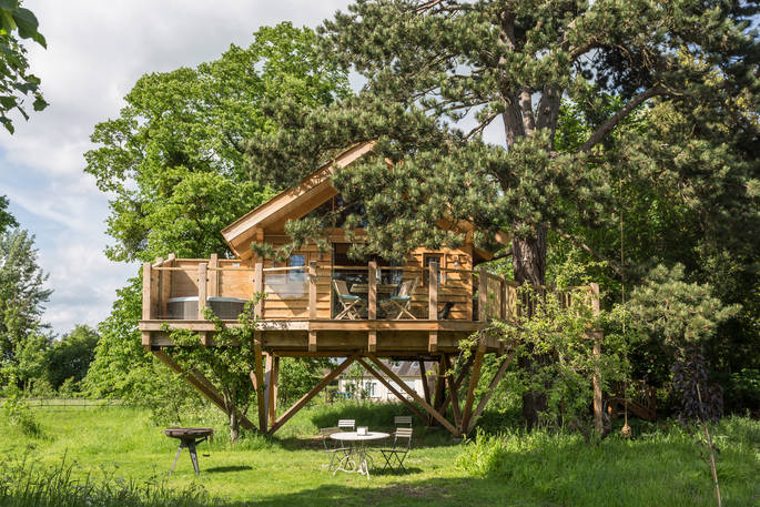 Orchard Treehouse, Worcestershire
