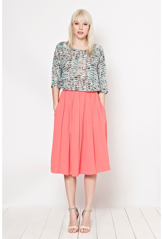 Cafe Crepe Pleated Skirt