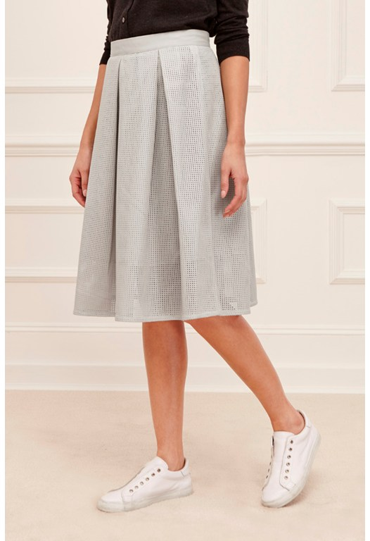 Square Route Perforated Skirt