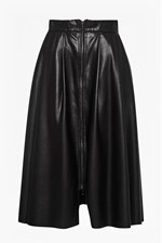 Looks Great With Seattle Faux Leather Zip Skirt