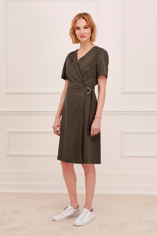 club house wrap dress