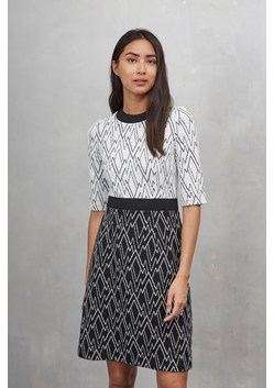 Zig Zag Ottoman Flared Dress