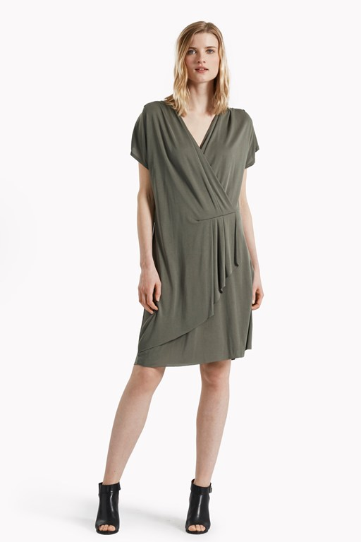 so peachy v neck drape dress