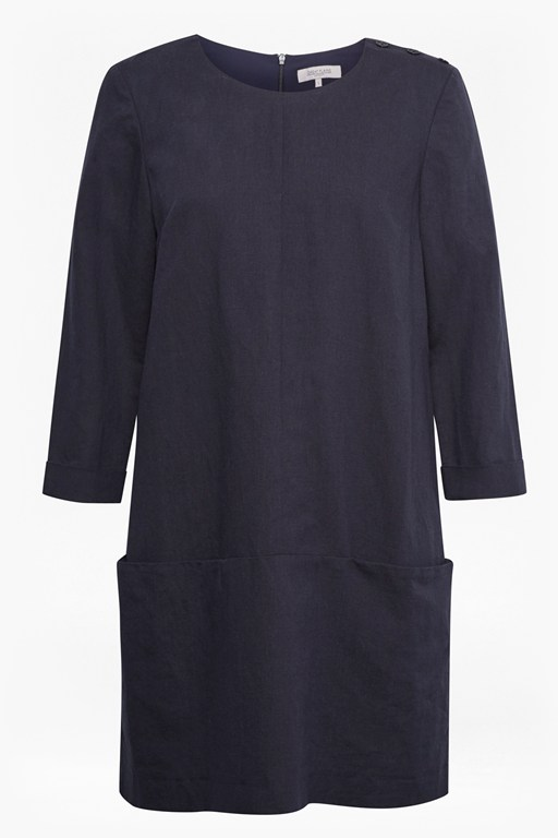Complete the Look Alana Linen Shift Dress