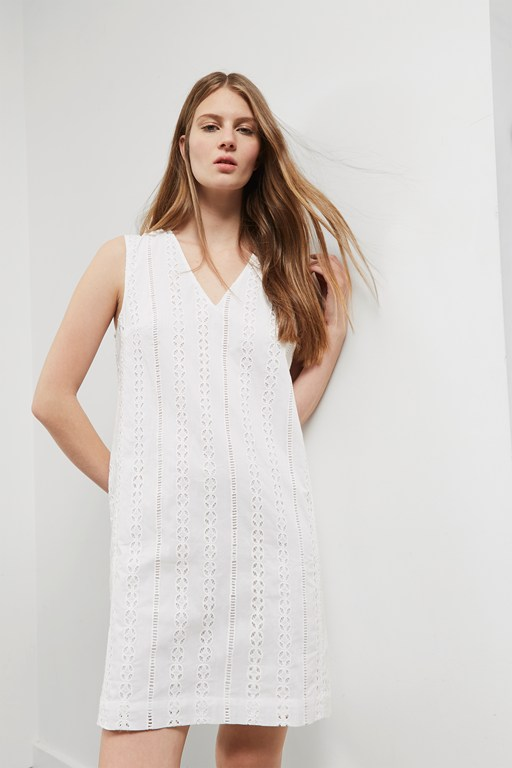 betsy broidery v neck shift dress