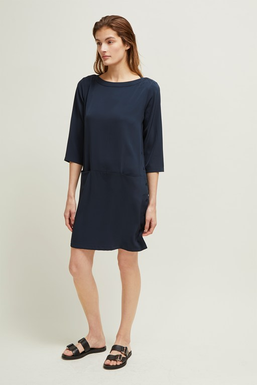 louis crepe slash neck dress