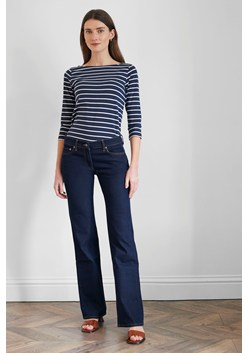 Basic Boot Cut Jeans