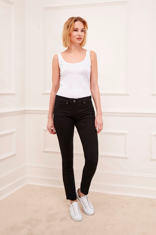 Complete the Look Classic Stretch Denim Leggings