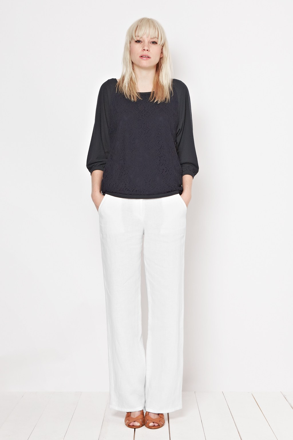 What Shoes To Wear With Wide Leg Linen Trousers