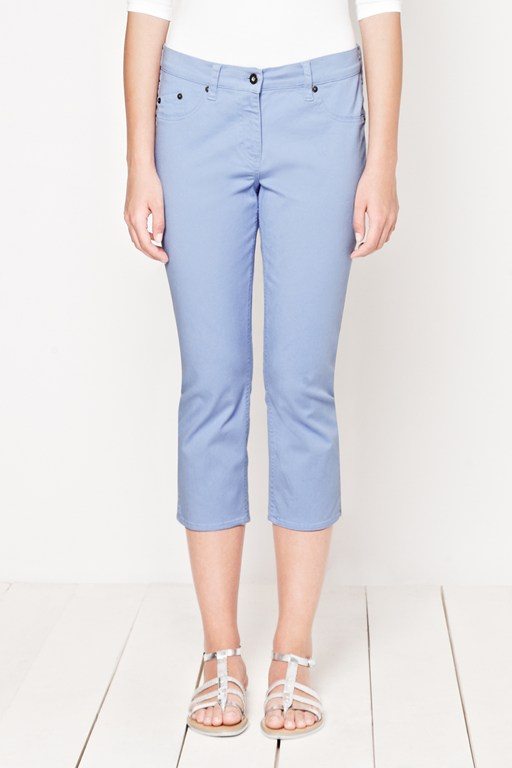 holiday cropped trousers