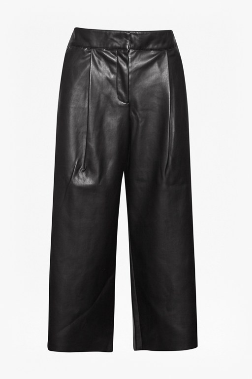 Complete the Look Chicago Faux Leather Culottes