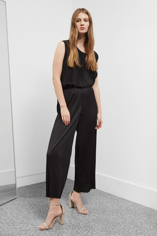concertina pleat trousers