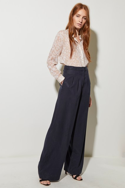 Everyday Luxe Wide Leg Trouser