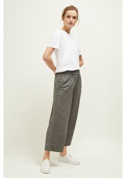 California Details Wide Cropped Trousers
