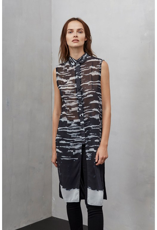 Hatched Horizons Sleeveless Longline Shirt