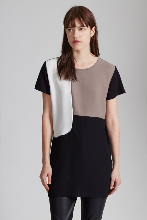 colour block o'clock contrast t-shirt
