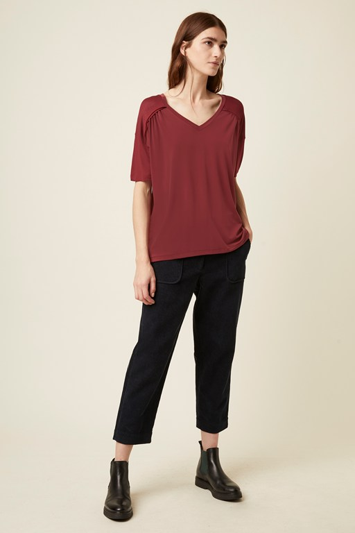 leah jersey slouch v neck t-shirt