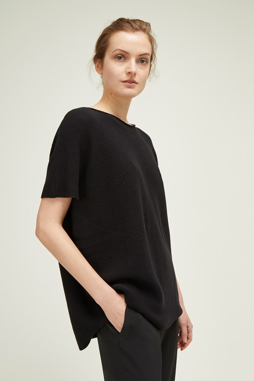 micro texture slash neck jumper