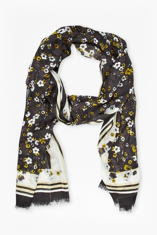Complete the Look Window Box Printed Scarf