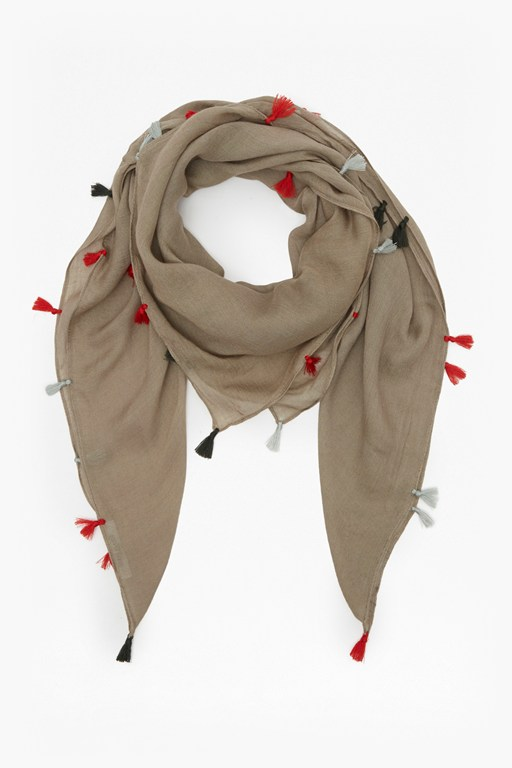 Complete the Look Taylor Tassel Scarf